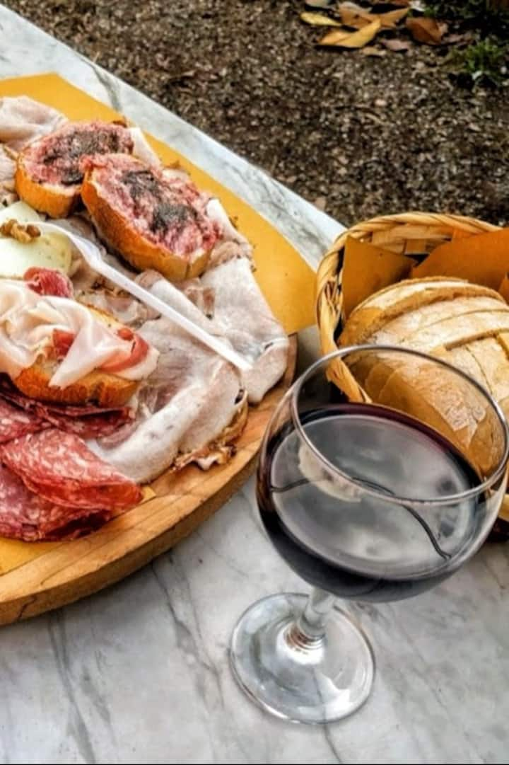 Cold cuts and wine