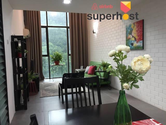 Anjung - Smart Contemporary Duplex, SOHO, Nr Curve
