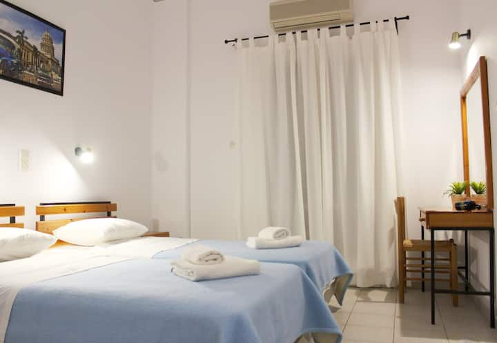 Hotel Aegina 1 Double OR 2 single beds