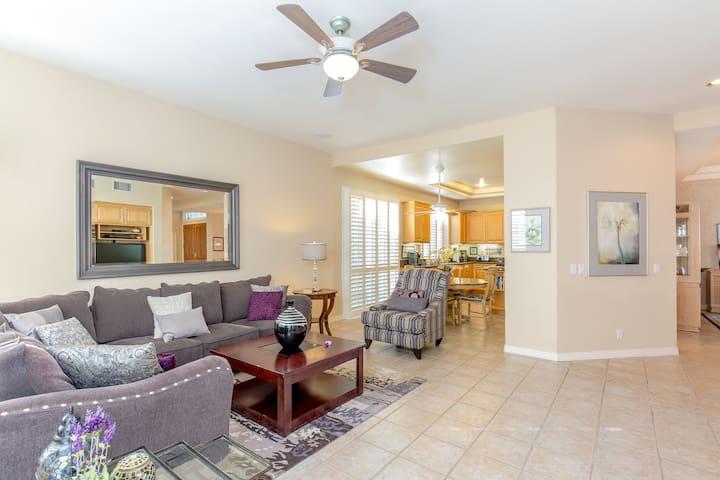 Large Beautiful 3Bd Home with Salt Water Pool &Spa - San Diego - Haus