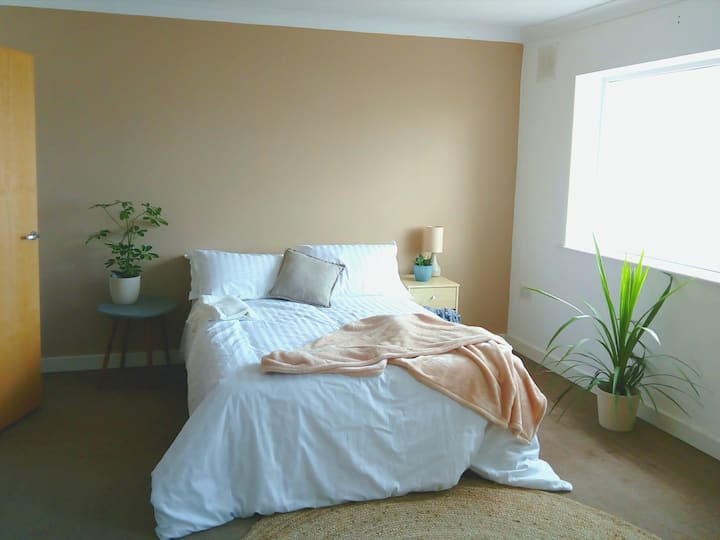 Super comfy and airy large double rooms
