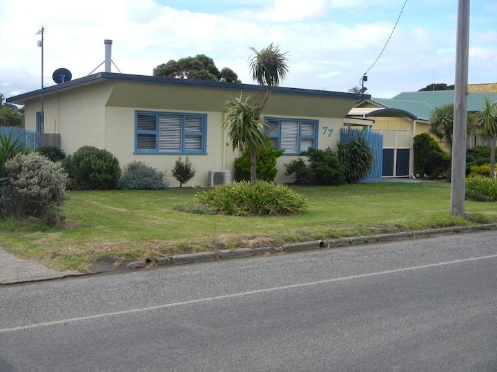 Blue Oar Cottage