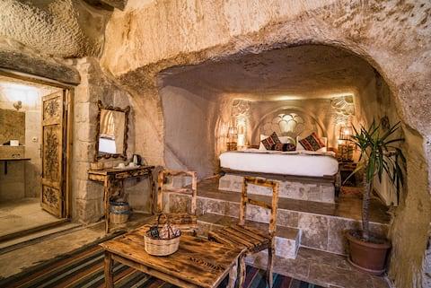 Пещера Кападокия Енар, стая 4 (дясно на борд)