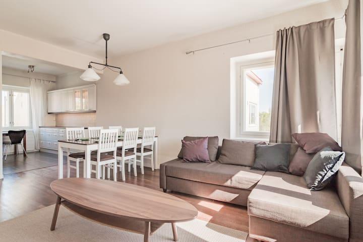 Local Nordic Apartments - Brown Bear