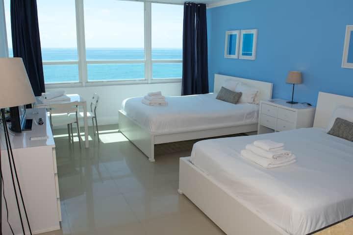 Fantastic Ocean view Studio for 4 guests (824)