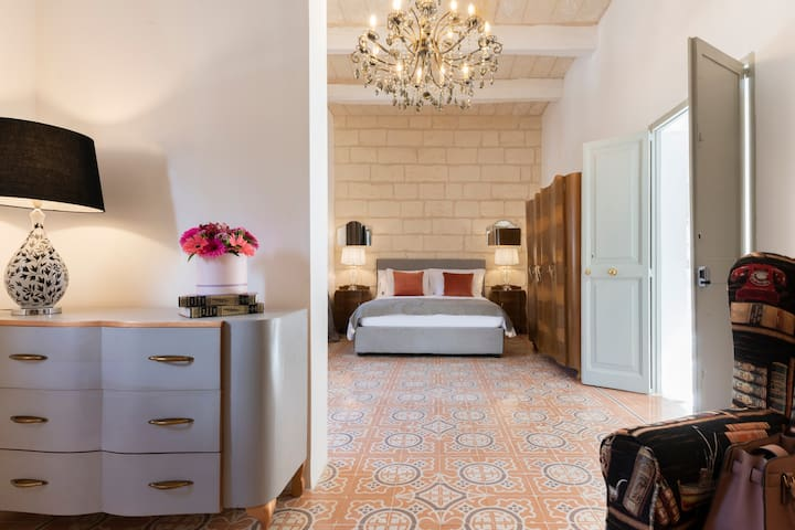 Luxury Traditional Maltese Townhouse