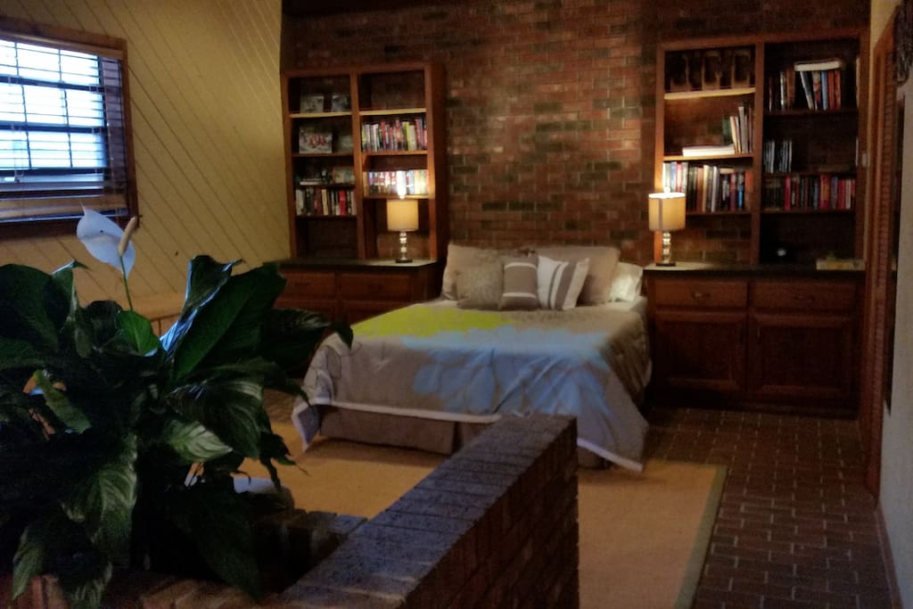 Lovely Barn Studio Apartment - Bungalows for Rent in Ocala ...