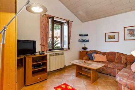 Cosy Holiday Home in Diano Arentino with Garden