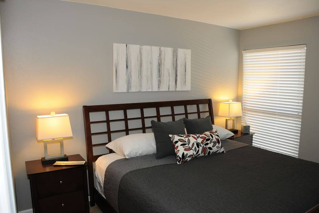 Newly remodeled 1 bedroom in pointe royale resort for 7 bedroom cabins in branson mo