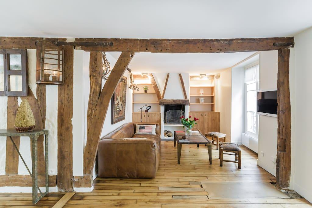 heart marais charming flat w sauna appartements louer paris le de france france. Black Bedroom Furniture Sets. Home Design Ideas