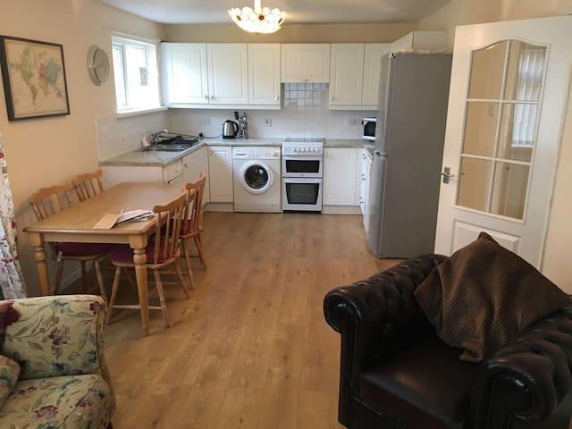 Modern 1BD pet friendly flat. - Barnard Castle