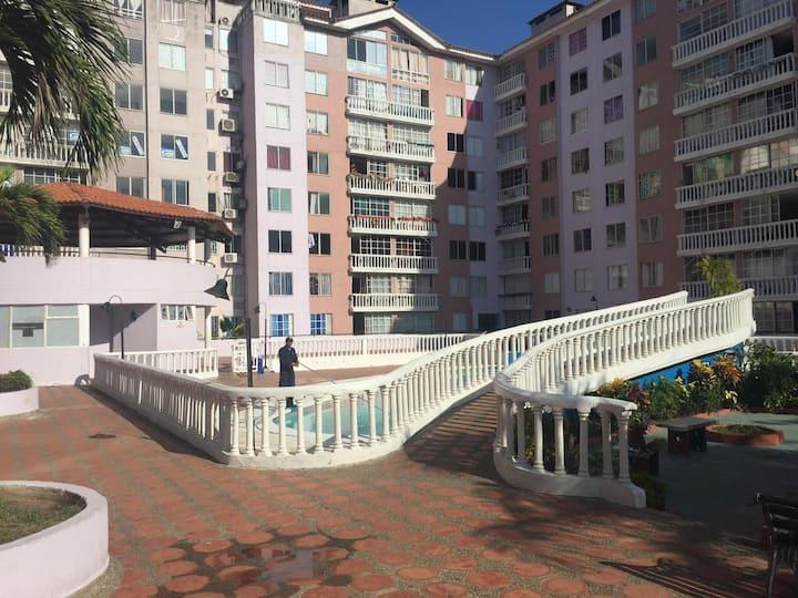 Habitación privada en Villa Carolina