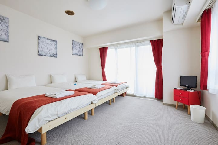 Sendagi/1min/Up to 4 people/FreeWifi - Bunkyo-Ku - Apartemen