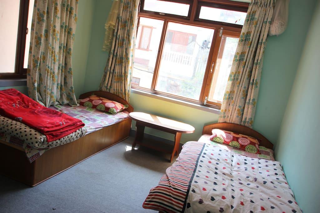 Bedroom 1 - Twin room