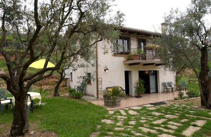 Olivella, the country cottage