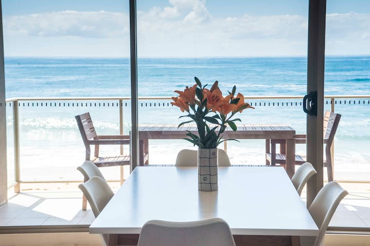 Absolute Beachfront Apartment