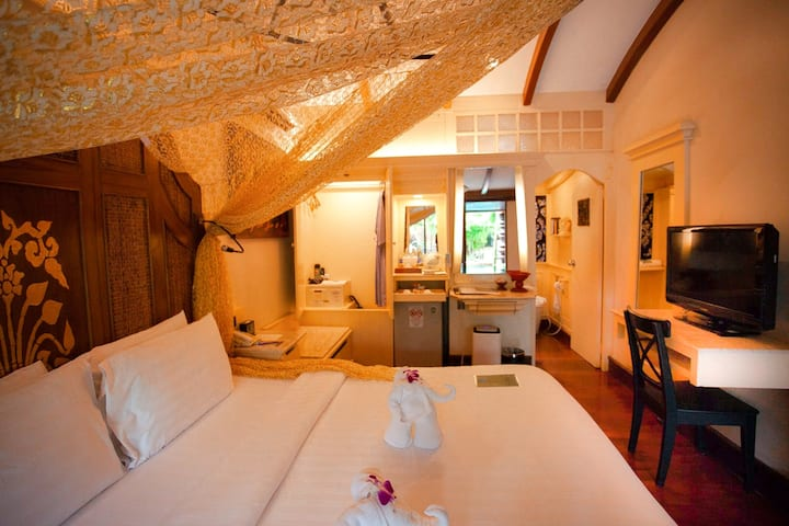Balinese Style Room, DLX - Sawasdee Village