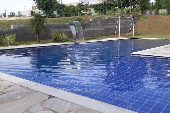 Casa de Campo em Itupeva, Condomínio Fechado.