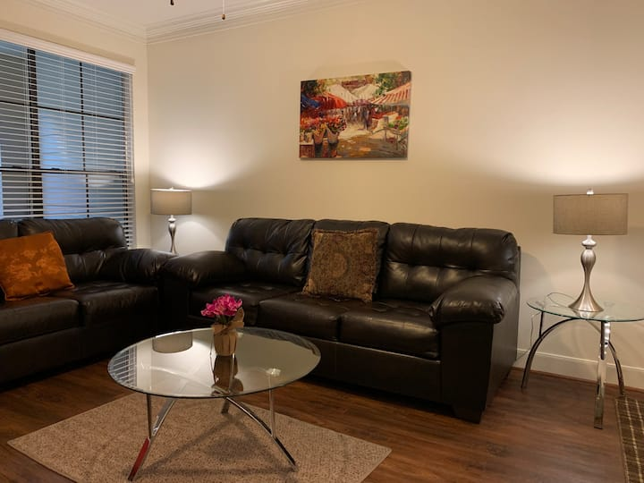 Elite & Luxurious Furnished Apartment by Kemah**
