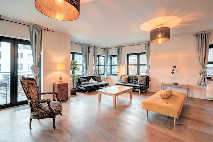 Theatre Lodge. Luxury Apartment Heart of Antwerp