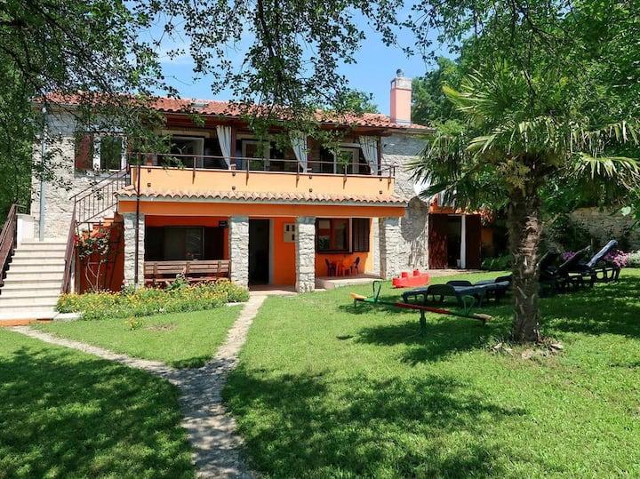 Holiday House Adriana Salakovci