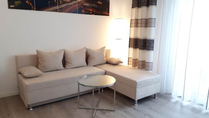 Modernes & Ruhiges Apartment (Terrasse) in Berlin