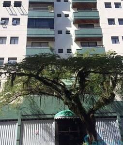 Ótimo apartamento no centro de bc - Balneário Camboriú