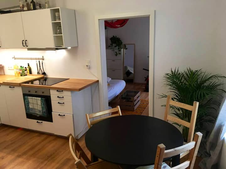 Nice 2-room Apartment in the City Center
