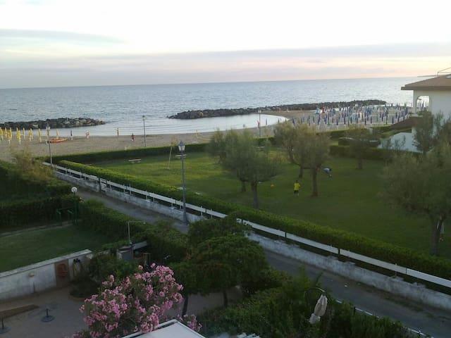Rome + seaside - Santa Severa - Квартира