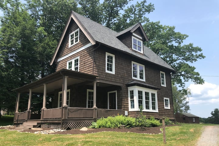 Historic Lake Home near Elk Mountain Ski Resort
