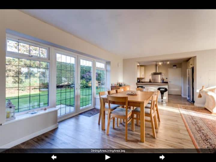 Beautiful Large Cotswold Home