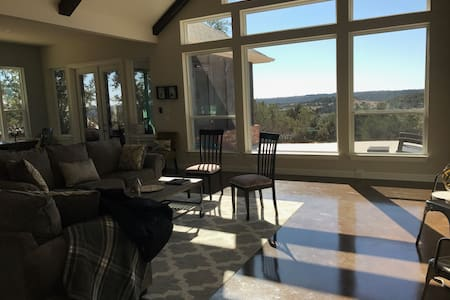 Family Retreat Near  Granbury,Glen Rose,Stephenvil