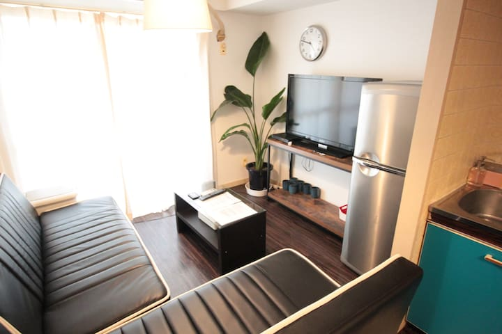Osaka Namba River Side 3 BR Apt. Up to 8 pax - Ōsaka-shi - Huoneisto