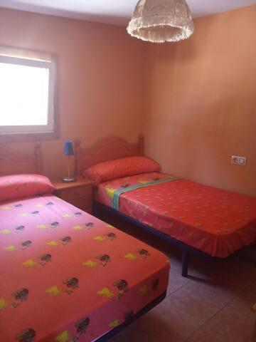 Dos camas de 1.05