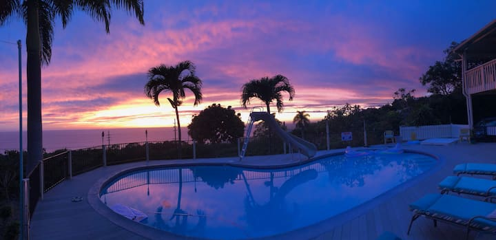 Amazing ocean views, nice pool, beautiful sunsets