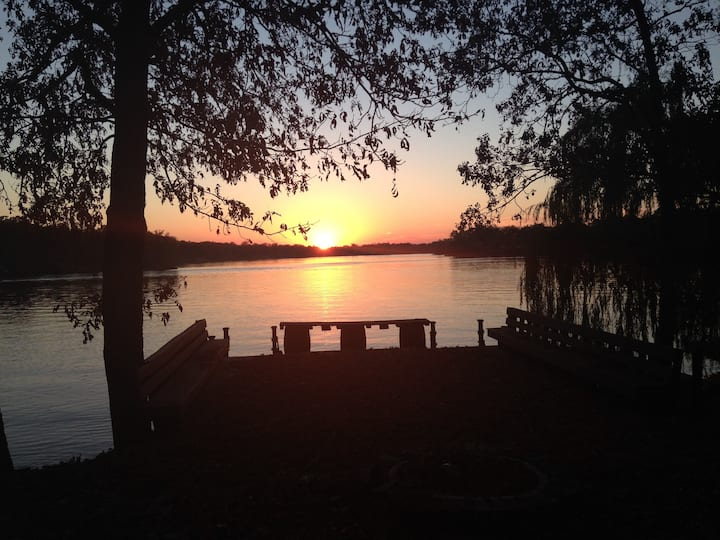 O'Brist Lakehouse on Centralia Lake