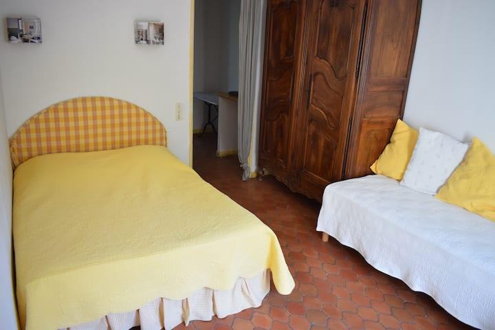 Chambre d'hôtes Daudet ou Chambre d'hôtes Van Gogh
