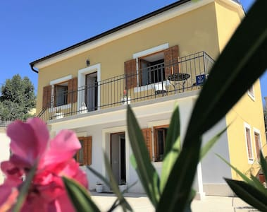 Villa Novi Dvori - rent the entire villa - Novi Vinodolski - 別荘
