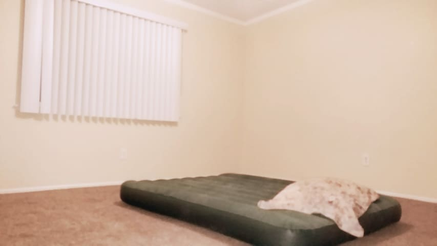 Only an Air Bed, private room  : ) - Barstow