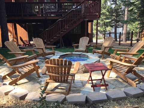 Private 2 bdrm guest suite in custom mountain home