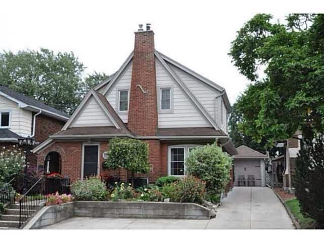 Charming 100 yr old character home - Niagara Falls - Rumah