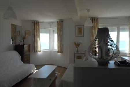 Studio front de mer à la semaine - Agon-Coutainville - Apartamento