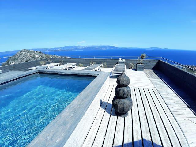 Elegant Design, Great Sea View, w rooftop Pool!