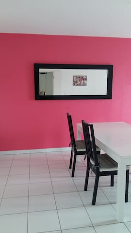 Appartement-15mn du Stade de France - Drancy - Lejlighed