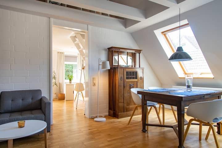 Schöne, moderne Studiowohnung im Herzen von Esens