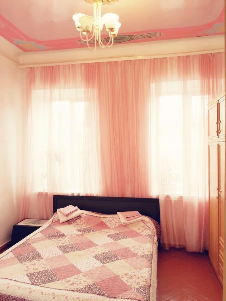 Солнечная уютная квартира в центре Пятигорска