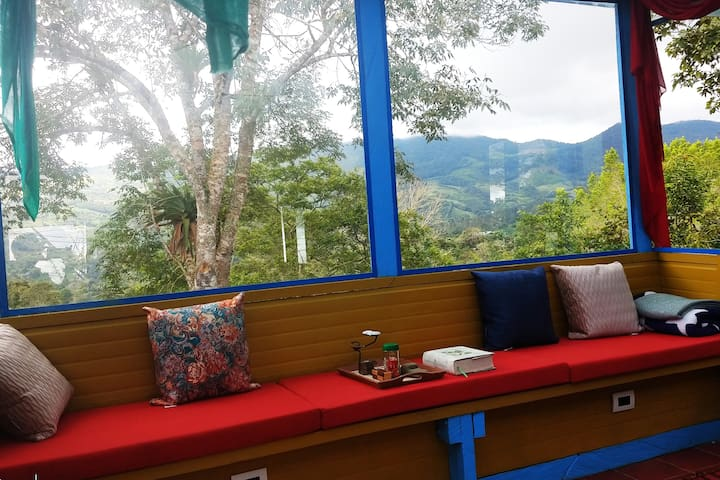Accommodation with views in Bitaco area