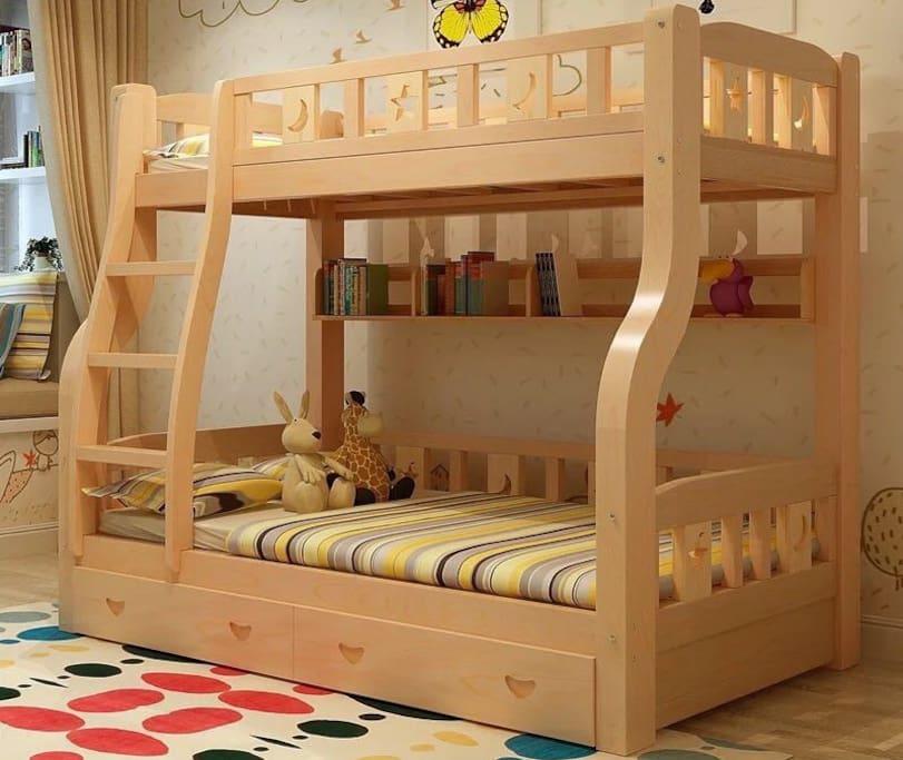 双人间的高档实木床~୧(﹒︠ᴗ﹒︡)୨