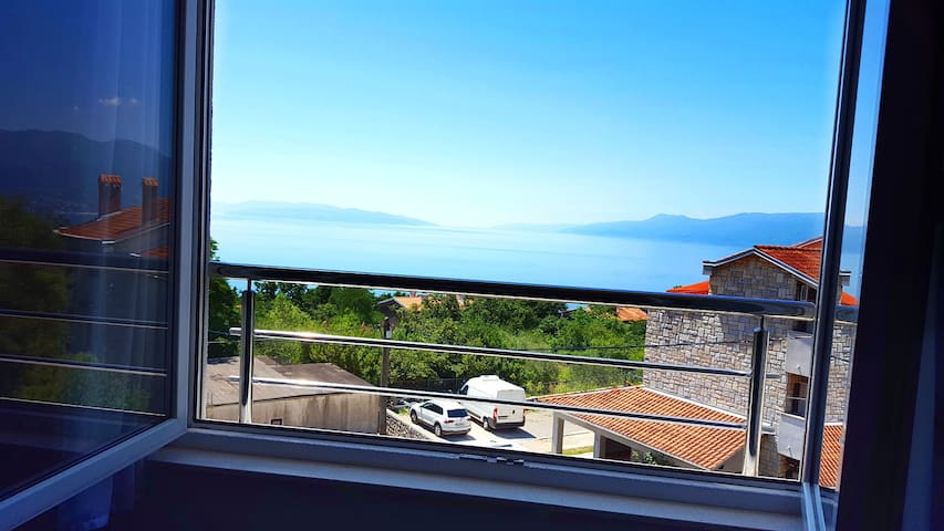 Sea view and the Kvarner islands.