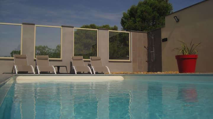Villa 4 personnes avec piscine Privée au calme